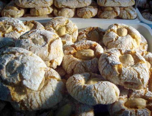"""Biscotti di mandorla: la """"Pizzuta"""" avolese sposa il Don Nuzzo"""