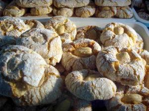 biscotti-di-mandorla-da-abbinare-al-don-nuzzo-delle-cantine-gulino-di-siracusa