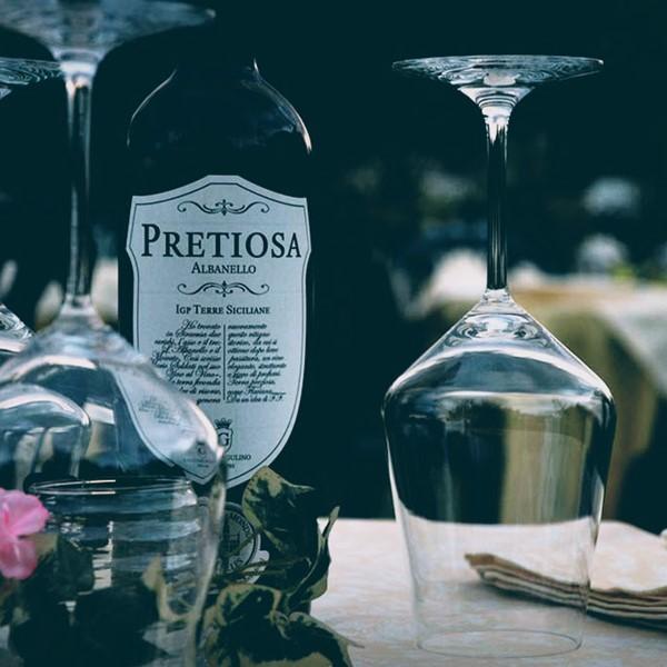 Italian white wine Pretiosa - Cantine Gulino