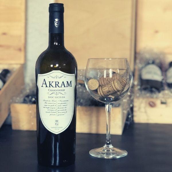 Vino Chardonnay Akram un bianco internazionale in Sicilia - Cantine Gulino