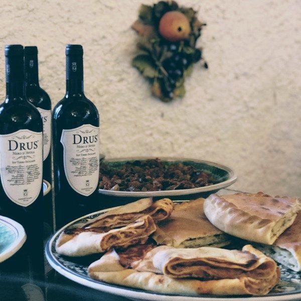 Degustazioni-aperitivi-ed-eventi-Cantine-Gulino.jpg